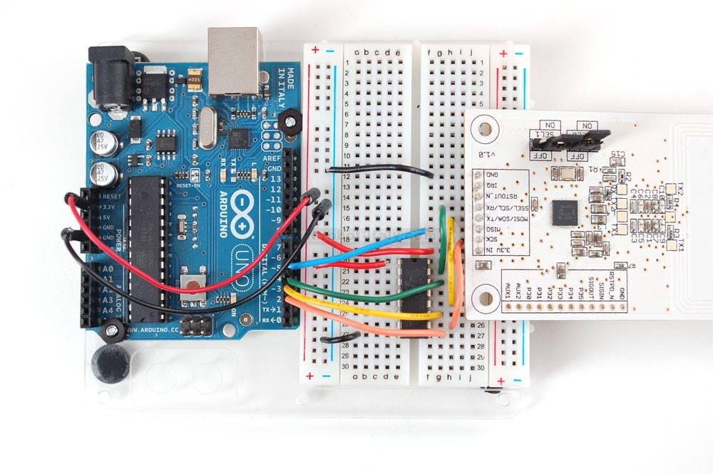 Adding Custom Boards To The Arduino V1: PN532 NFC/RFID Controller Breakout Board